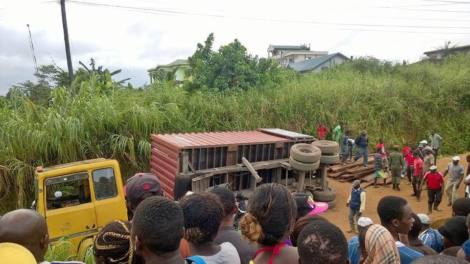 Accident causé par le mauvais état de la route